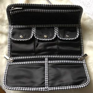 Houndstooth Makeup/Jewelry Bag -Great 🎁!
